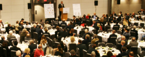 Senator Chuck Hagel delivers the keynote address to the 2007 Arab-U.S. Policymakers Conference